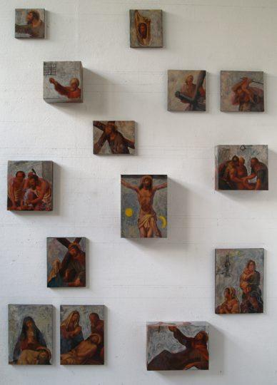 """""""Studie voor kruisweg"""" project voor de St.Petruskerk in Bergen (L.) Collage+olie/doek en hout 3D. 14werken. 300x180 cm. 2015"""