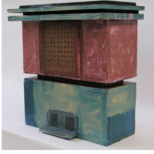 """Speicher"" hout, draad, gaas en alkydlak 17x37x43 cm. 2002"